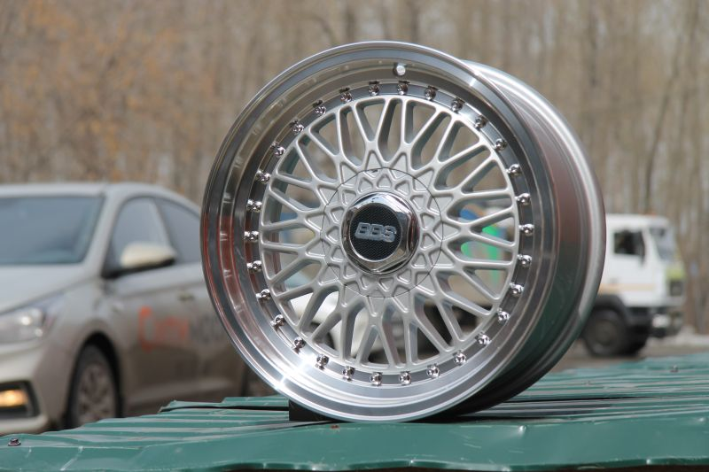 Диск BBS Super RS R15 4*100/114.3 +20/73.1 8.0 Silver ML chrome rivets