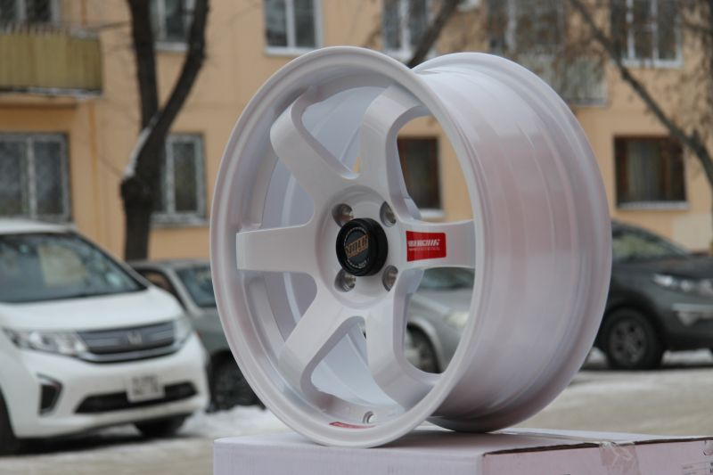 Диск Volk Racing TE37SL R16 4*108/114.3 +35/73.1 7.0 White