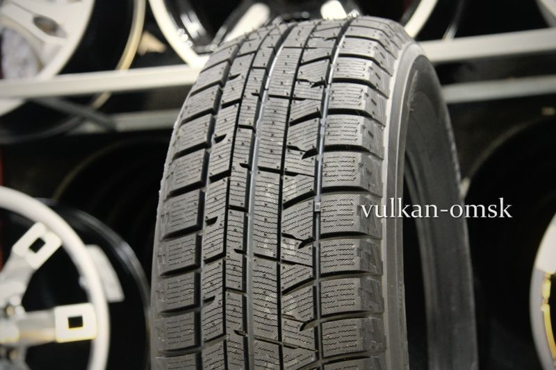 Yokohama Ice Guard IG50+ 215/65 R16 98Q