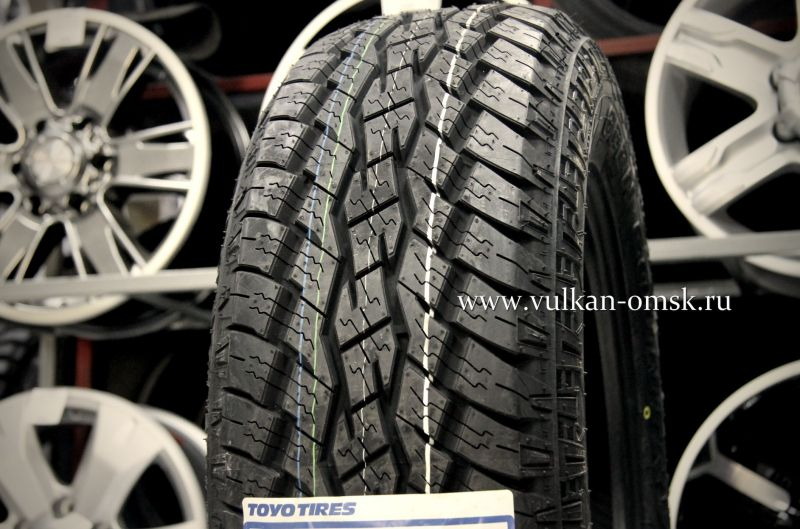 Toyo Open Country A/T 235/70 R16 106Т