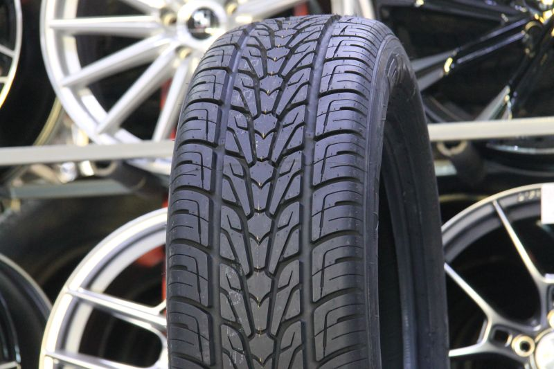 Nexen Roadian HP 285/60 R18 116V